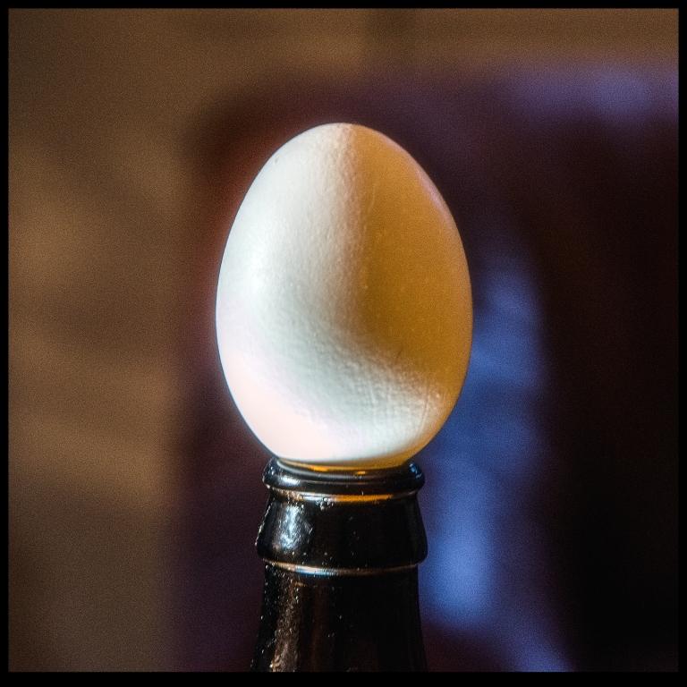 4 o'clock egg